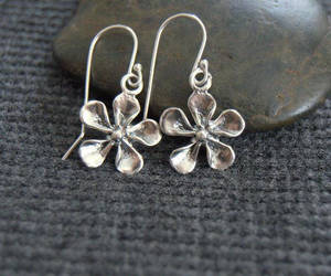 sterling silver, silver flower, and dangle earrings image