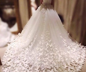 bridal dresses and couture wedding gowns image