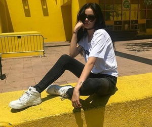 yellow, maggie lindemann, and tumblr image