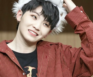 17, lee jihoon, and asian image