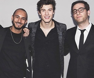 boys, andrew gertler, and amas 2017 image