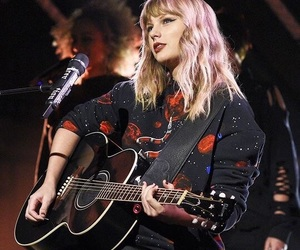 Taylor Swift, Reputation, and snl image