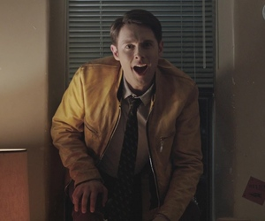 dirk, dirk gently, and dirk gently bbc image