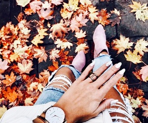 autumn, nails, and autumn vibes image