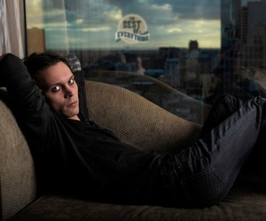 couch and ville valo image
