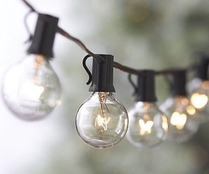 light, light bulbs, and pretty image