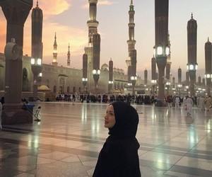 fashion, girl, and mecca image