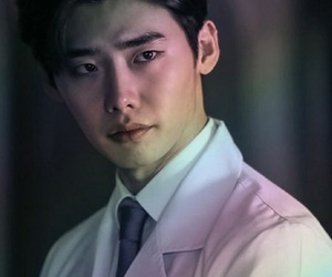 lee jong suk, doctor stranger, and actor image