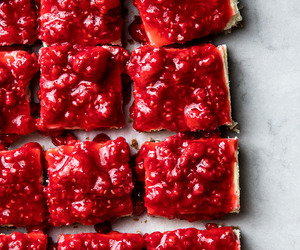 desserts, food porn, and red image