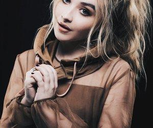 sabrina carpenter, actress, and singer image
