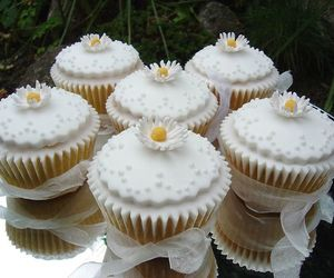 sweet, wedding cupcakes, and white cupcakes image