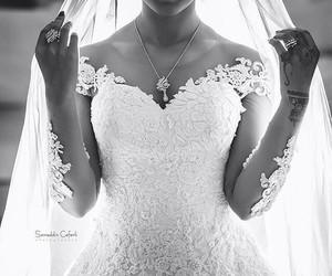 dress, mariee, and wedding image
