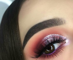aesthetic, shades, and eye makeup image