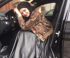 hijab, chechen, and chechenka image