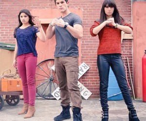 television and every witch way image