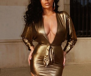 black hair, fashionista, and luxury image