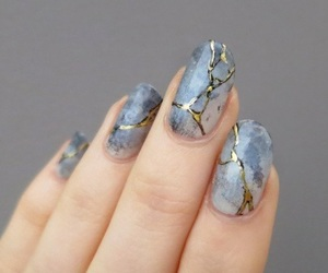 nails, nail art, and gold image