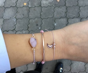 bracelet, jewerly, and armparty image