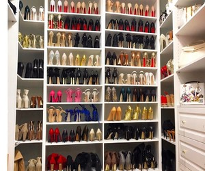dream shoe closet image