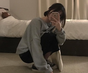 aesthetic, asian girl, and comfortable image