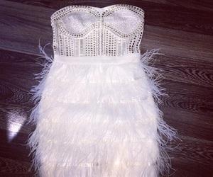 dress, piume, and white image