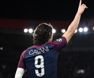 cavani and psg image
