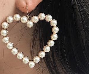 aesthetic, earrings, and heart image