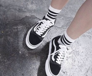 shoose, tumblr, and vans image