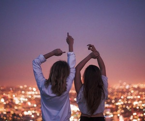 girls, best friends, and city image