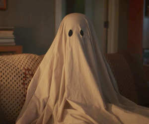 Casey affleck, a ghost story, and film image