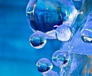 blue ice bubbles image