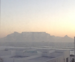 cape town and table mountain image