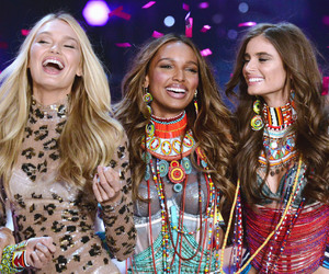 Finale, taylor hill, and romee strijd image