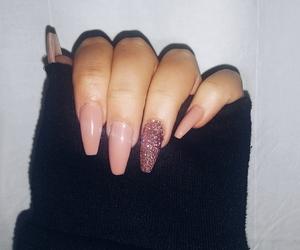nails, pink, and nailart image