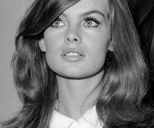 jean shrimpton and beauty image