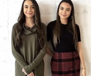 vanessa merrell, merrell twins, and veronica merrell image