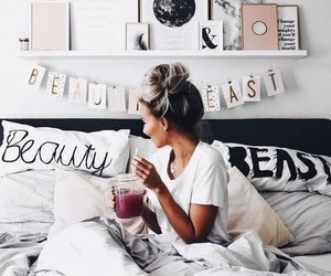 girl, bed, and beauty image