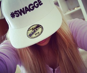 alli simpson and swagge image