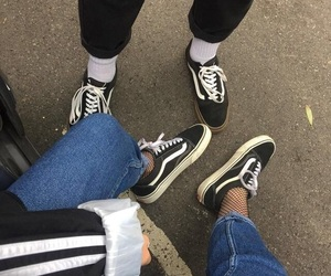 vans and alternative image