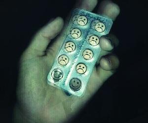 sad, pills, and grunge image