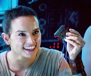 millenium falcon, the force awakens, and rey image