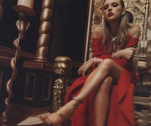 beautiful, blonde, and Queen image