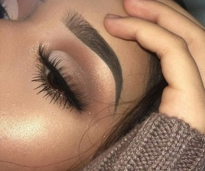beauty, eyelashes, and makeup image