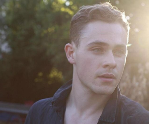 boy, stranger things, and dacre montgomery image