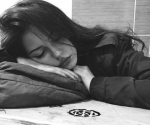 girl and sleep image