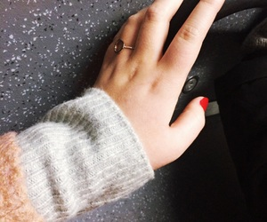 beautiful, hand, and red nails image