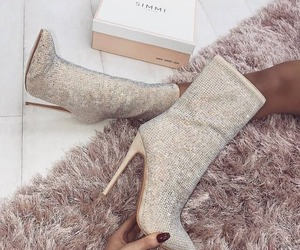 6bad3f70ad8 Heels by simmi shared by Josephina on We Heart It