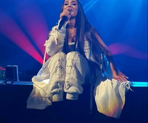 ariana grande, dwt, and blue image