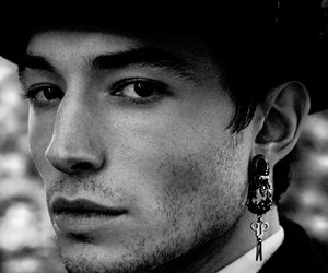 ezra miller and actor image