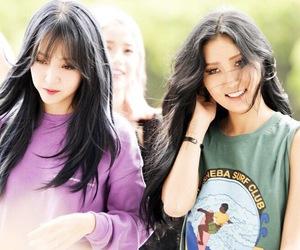 mamamoo, moonbyul, and hwasa image